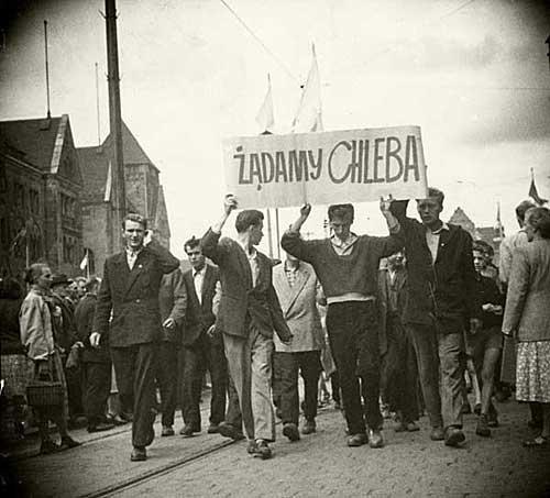 Manifestacja na ul. Armii Czerwonej (obecnie św. Marcina)